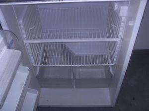 Kühlschrank Gebraucht : Gebraucht zentrum göppingen